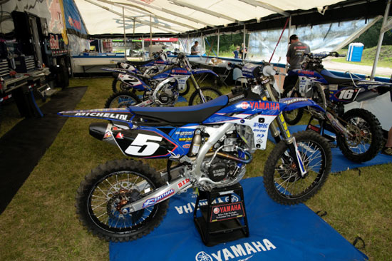 Team Yamaha Redbull Blackfoot Fox